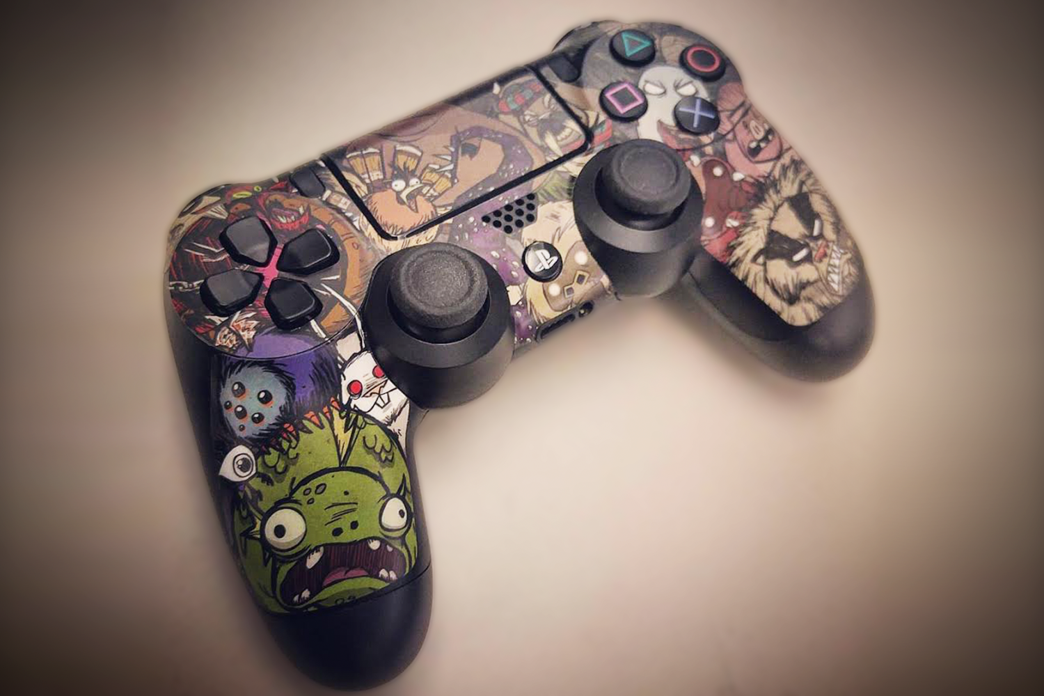 Don't Starve: Controller Skin (Xbox | PS4 | Steam)