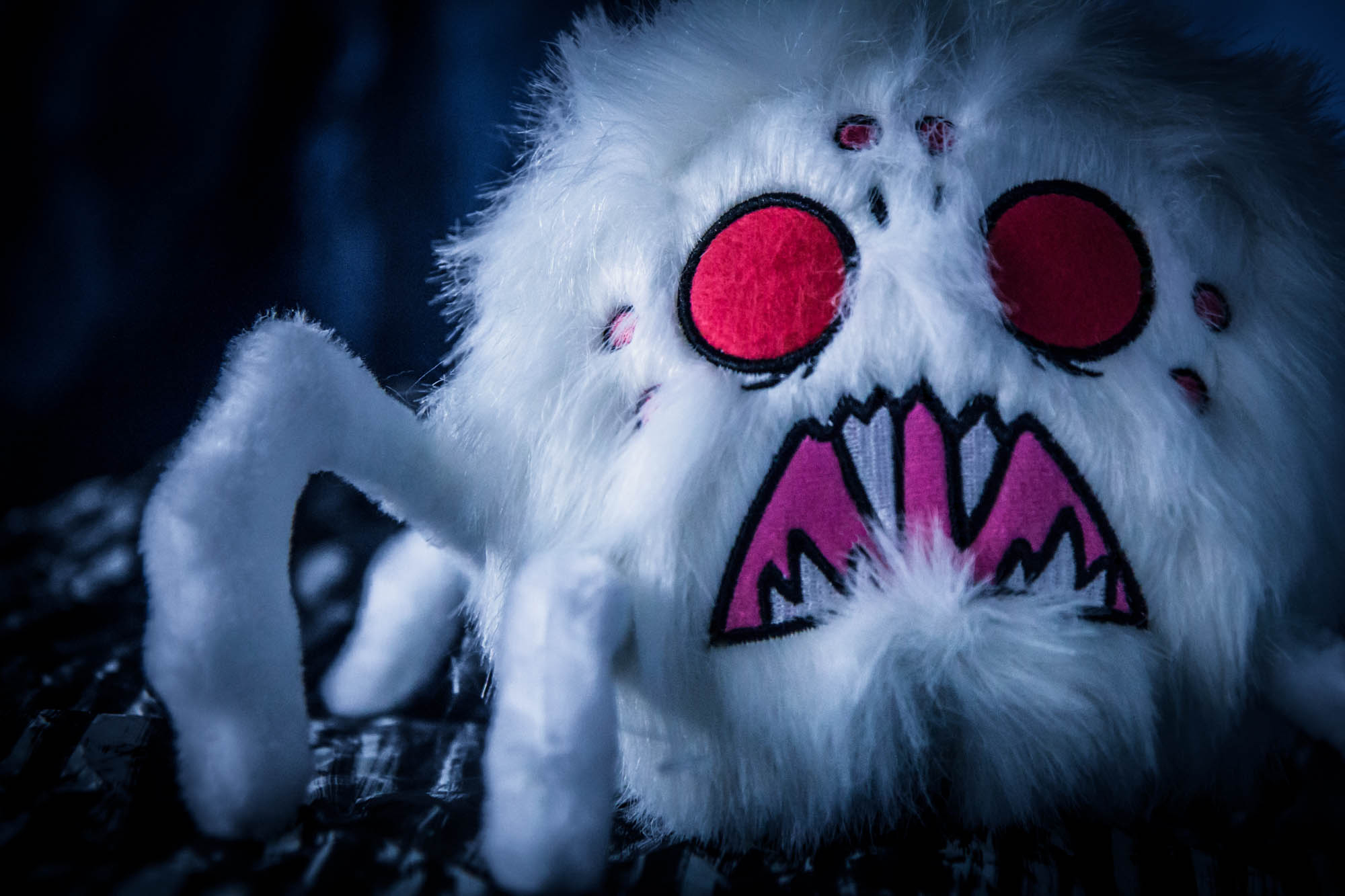 Special Edition Dangling Depth Dweller White Hissing Spider Plush